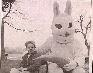 Easter-bunny-nasty-carrot-weird-photo